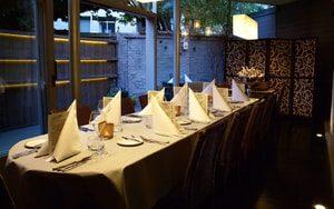 restaurant voor groepen in antwerpen tafel zaal